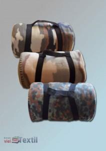 Fleece-Decke im Army-Style